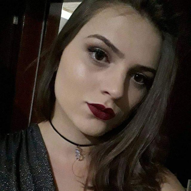 Anna Carolina Vissossi de Oliveira